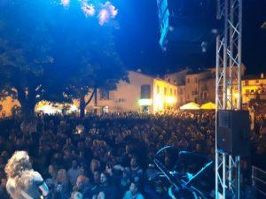 La tribute band di Vasco Rossi a Campo di Giove la sera del 15 agosto