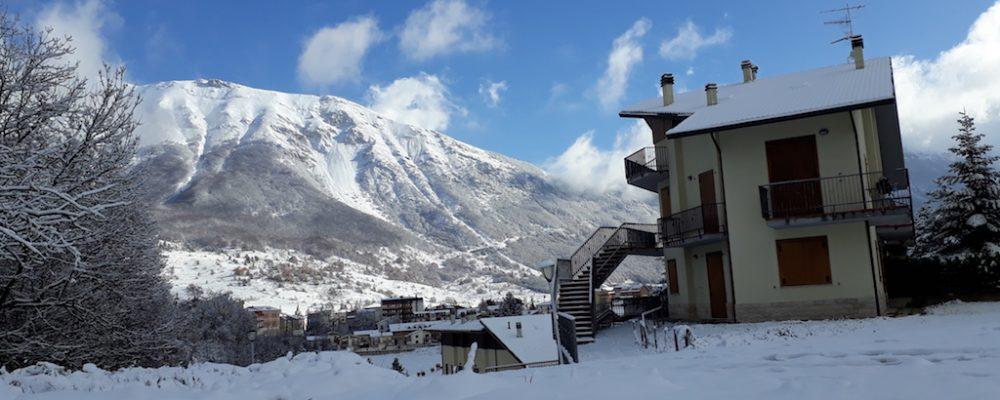 Neve in paese, previsioni meteo in attesa dei Mercatini di Natale
