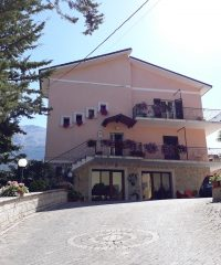 """Bed and Breakfast """"Pastore abruzzese"""""""