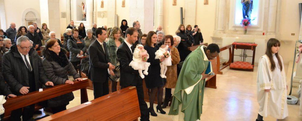 Il Battesimo di Vittoria e Alessia. Un giorno importante da ricordare