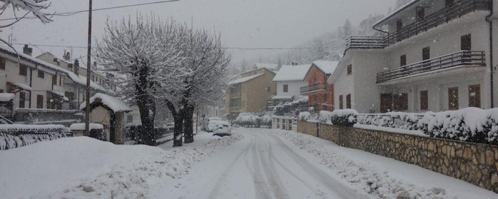 Campo di Giove, nevicate nelle ultime ore. Impianti aperti anche nei prossimi week-end