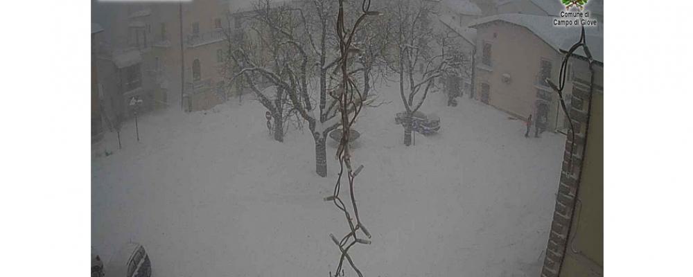 A Campo di Giove neve per circa 80 centimetri, Valico della Forchetta chiuso